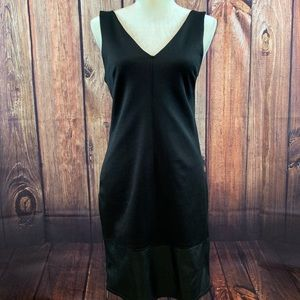 NWT Topshop Black V Neck/Back Sheath Dress Size 8